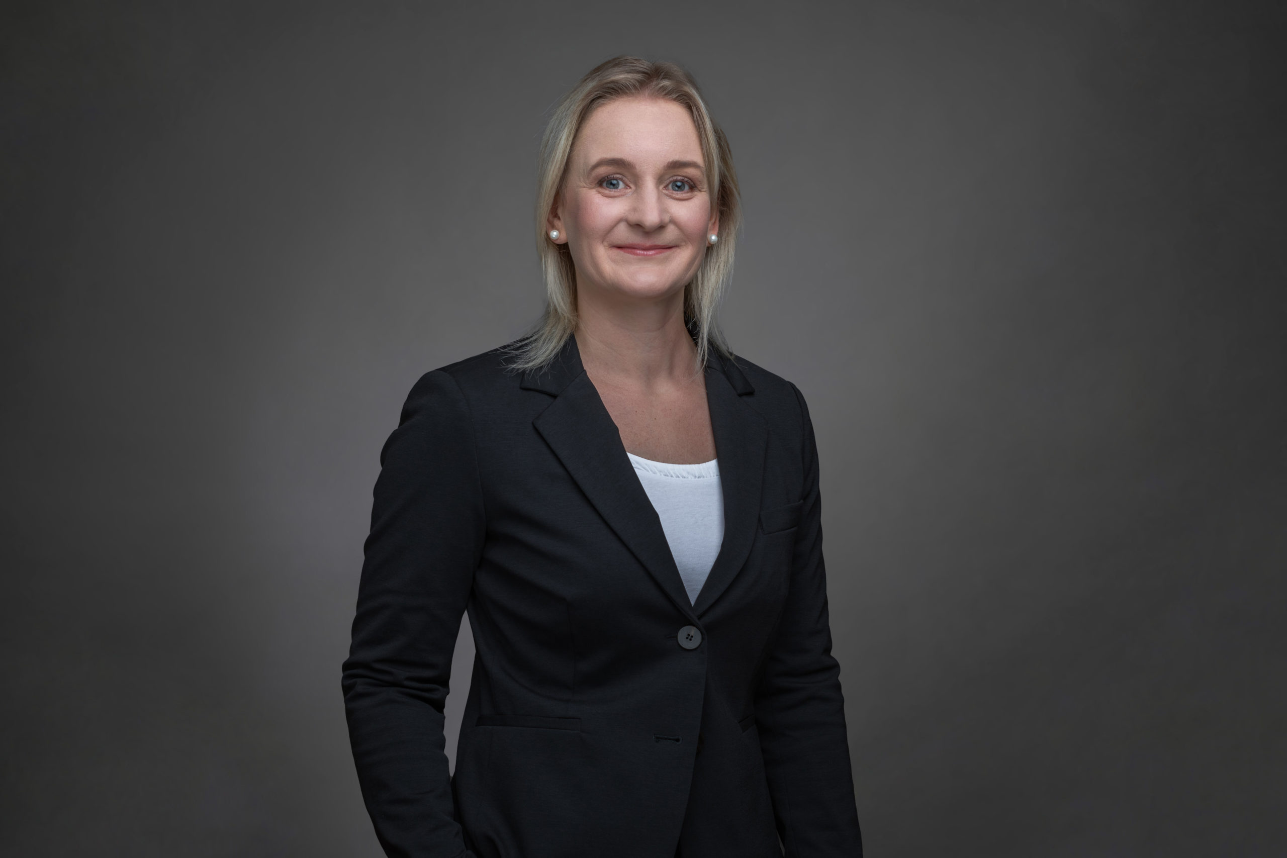 Nicole MEHNER